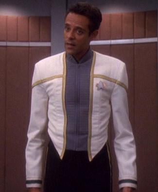 Jullian Starfleet_dress_uniform,_2375